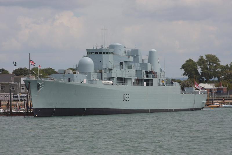 D-23 HMS BRISTOL