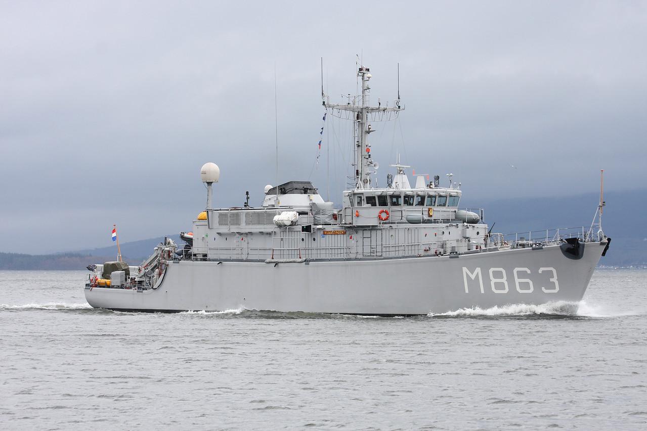M-863 HrMs VLAARDINGEN