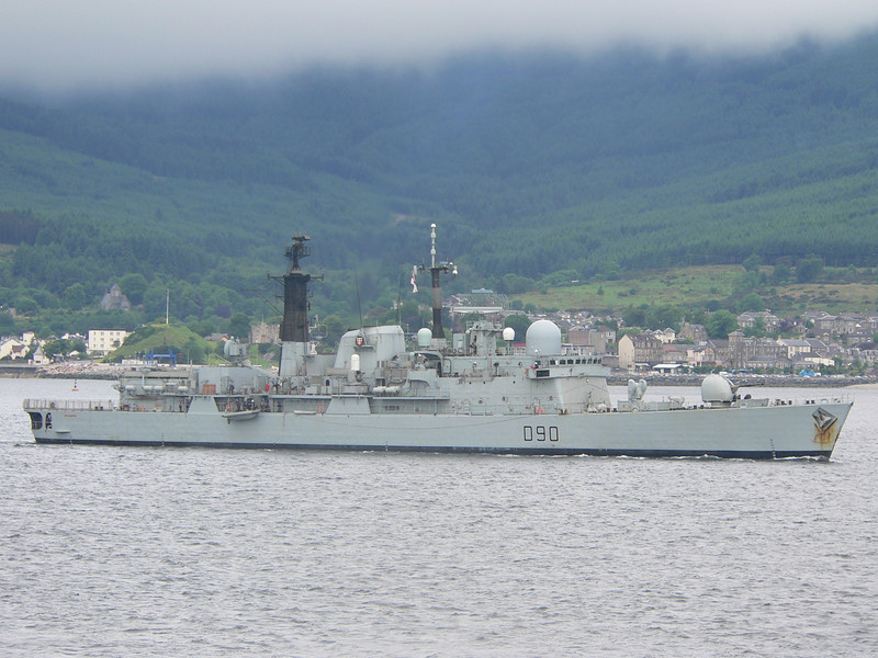 D-90 HMS SOUTHAMPTON