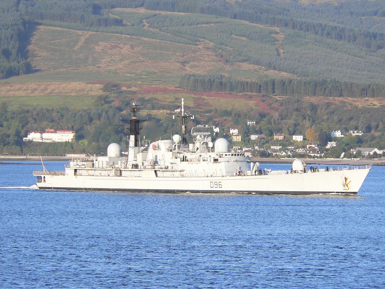D-96 HMS GLOUCESTER