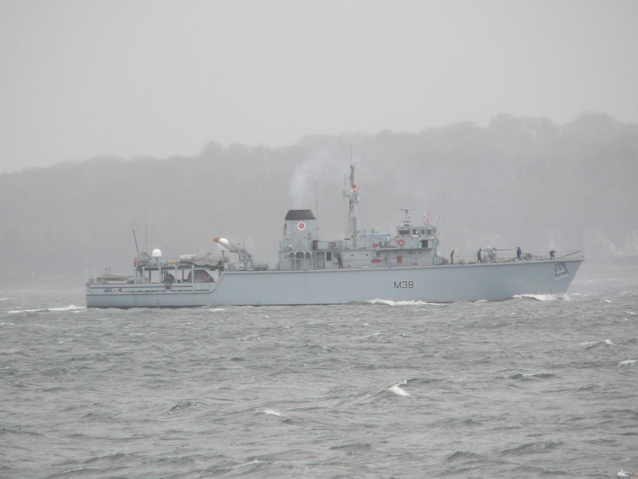 M-38 HMS ATHERSTONE