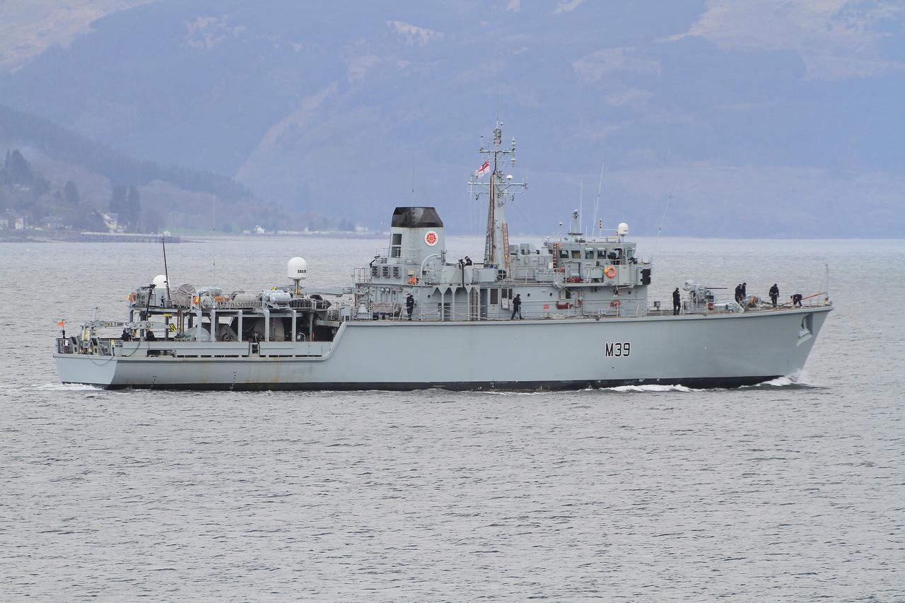 M-39 HMS HURWORTH