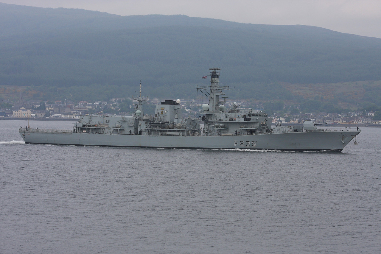 F-239 HMS RICHMOND