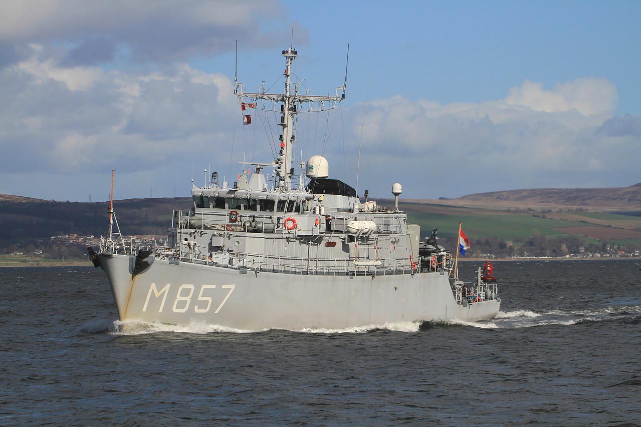 M-857 ZrMs MAKKUM