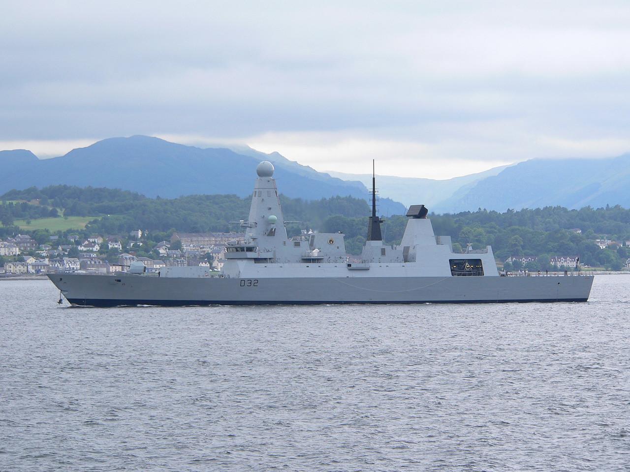 D-32 HMS DARING