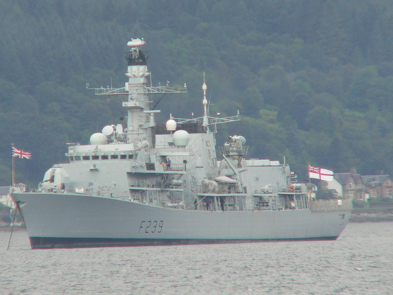 F-239 HMS RICHMOND