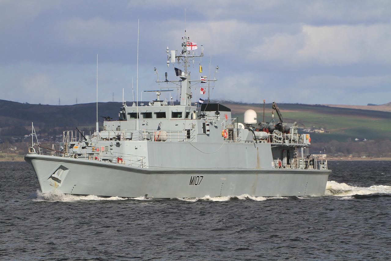 M-107 HMS PEMBROKE