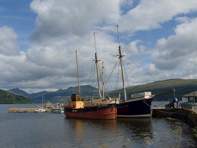 The Inveraray Maritime Museum, at the back the Artic Penguin and in the foreground is the Puffer Vic 72, since renamed Vital Spark by Inveraray Maritime Experience