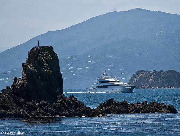 Super yacht 'Be Mine' departing from Wellington 29 January 2018