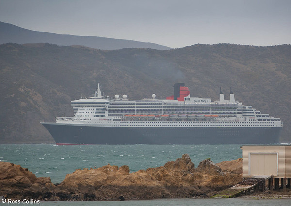 'Queen Mary 2' 2011