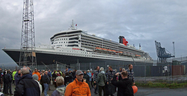 A panoramic shot of the QM2 at Greenock Ocean Terminal