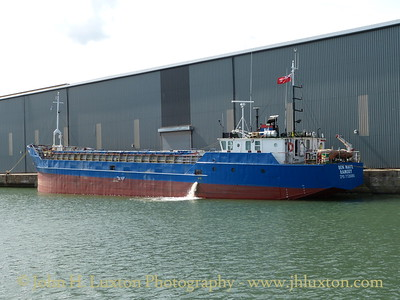 BEN MAYE at Huskisson Dock, August 24, 2014