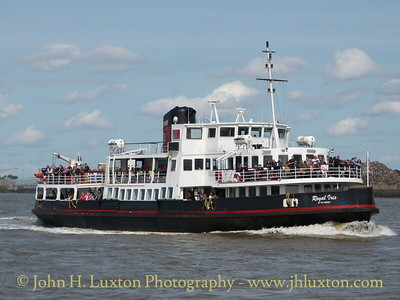 ROYAL IRIS OF THE MERSEY operating the ferry service on August 24, 2014
