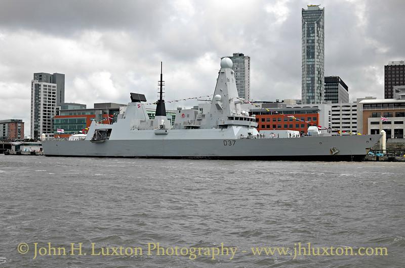 HMS DUNCAN - at Liverpool - June 25, 2016