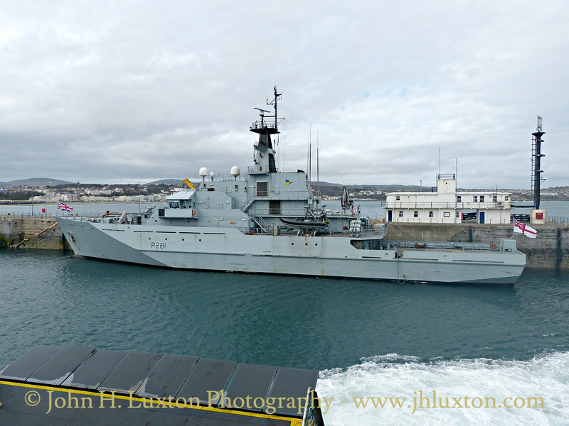 HMS TYNE - Douglas Harbour, March 28, 2015