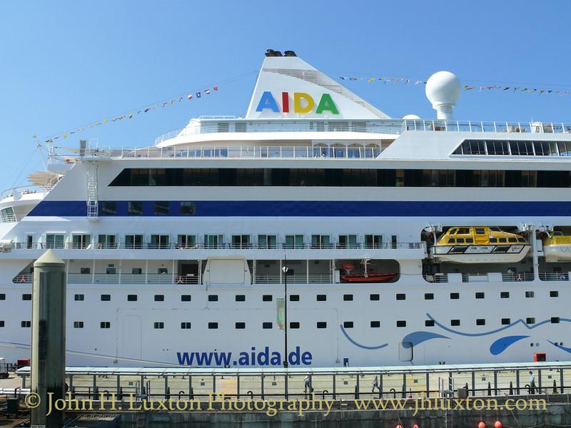 AIDAaura - Liverpool Cruise Terminal - May 23, 2010