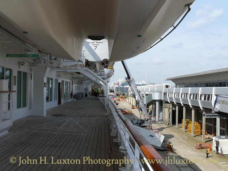 Boarding and Loading luggage at QEII Terminal Southampton - Saturday April 10, 2010