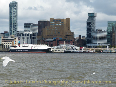 MANANNAN at Liverpool - October 04, 2014