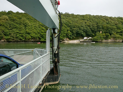 KING HARRY FERRY, River Fal, Cornwall - August 28, 2004