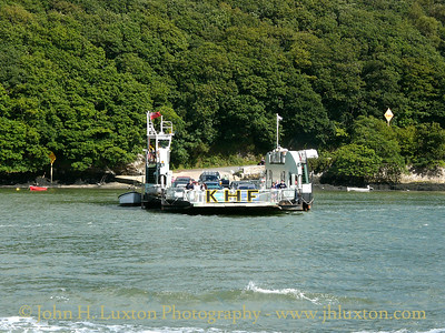 KING HARRY FERRY, River Fal, Cornwall - August 30, 2004