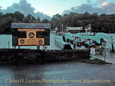 KING HARRY FERRY, River Fal, Cornwall - October 29, 2003