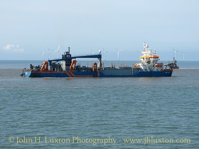 HAM 316 at work in Crosby  Channel - September 19, 2015