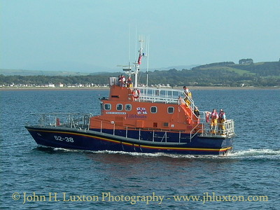 Troon lifeboat RNLB CITY OF GLASGOW off Ayr, August 11, 2003