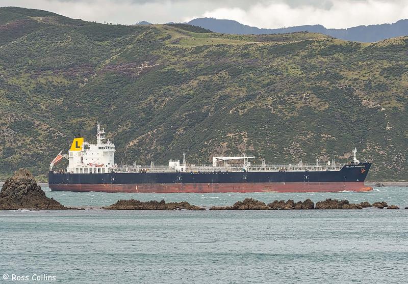 'Hellas Aphrodite' departing from Wellington, 19 December 2020