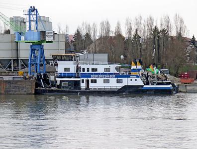Barge Tug GEBR. GRIESHABER, MMSI 211557890 berthed at Ingelheim. Wednesday 19th November 2014.