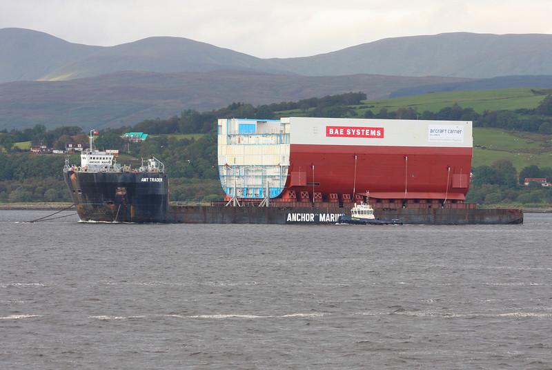 AMT TRADER with HMS QUEEN ELIZABETH Block