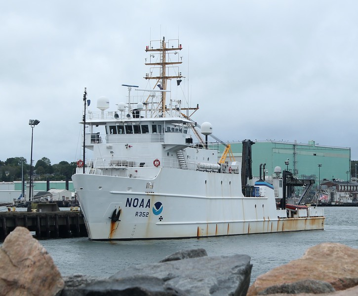 NOAA Research Vessel 'Nancy Foster' Pier 7 New London, CT 10-10-2015