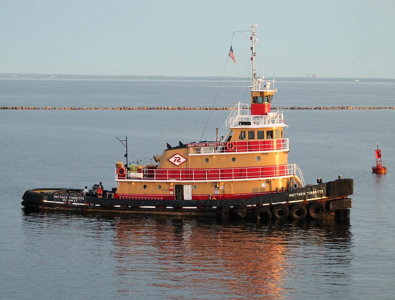 Tug Matthew Tibbetts- Bridgeport Harbor 8-8-2015