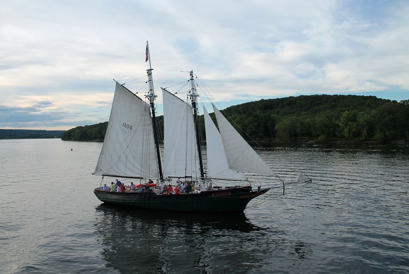 "Schooner ""Mary E"" - Connecticut River"