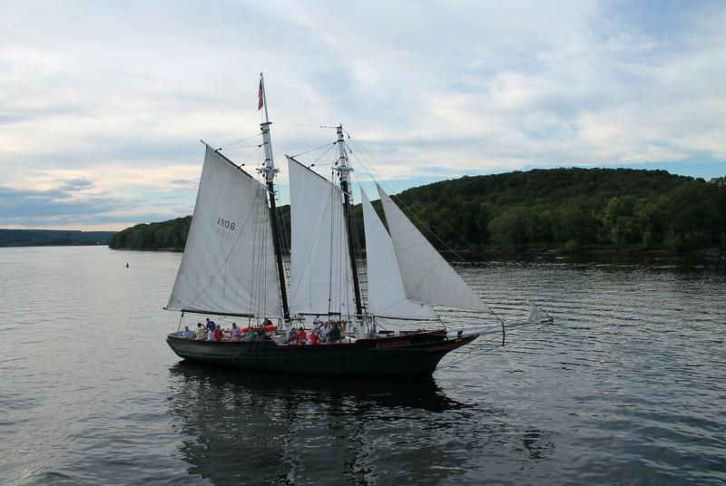 "Schooner ""Mary E"" - Connecticut River"