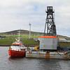 tug Severn Sea and crane barge