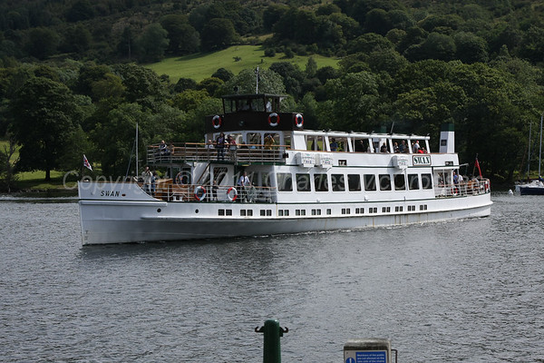Trip boats and Ferries on Lakes, Rivers and Canals out-with Scotland