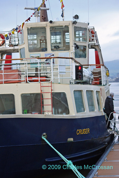 Charter of MV Cruiser to Clydebank and up River Cart 5th December 2009