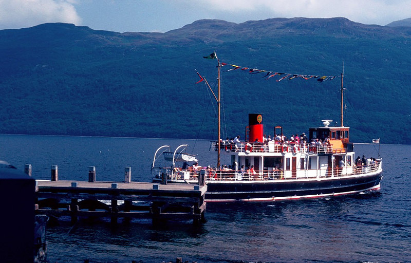 Countess Fiona departing Tarbet for Rowardennan