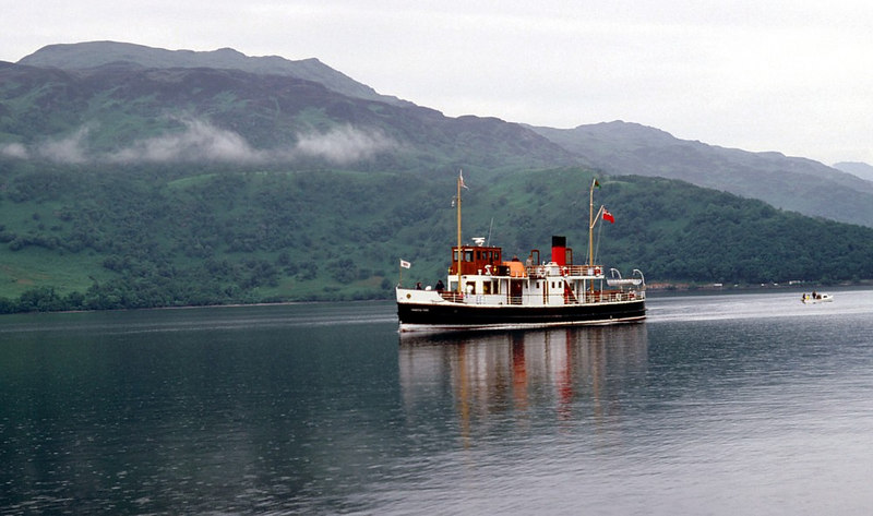 Countess Fiona approaching Rowardennan from Tarbet