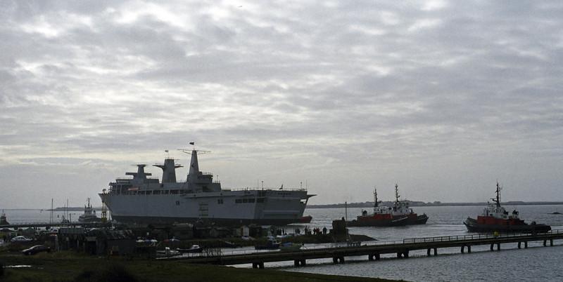 HMS Albion launch, Barrow, Fri 9 March 2001 4