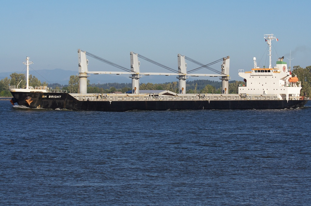 SH BRIGHT (9325099)  Columbia River, Columbia City, Oregon