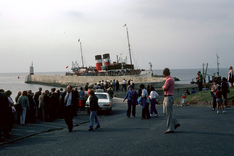 In 1975 Waverley paid her first ever visit to Girvan and in 1982 she did some popular evening 'showboat' sailing down from Ayr and out to Ailsa Craig. This was one such occasion when a big crowd was waiting to join the already busy steamer at Girvan.