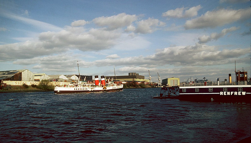 with the Renfrew Chain ferry to starboard and the Stone Manganese Marine ship's propeller foundry (if which she had no need) to port, Waverley maintain her steady progress homewards with her happy Saturday revellers.