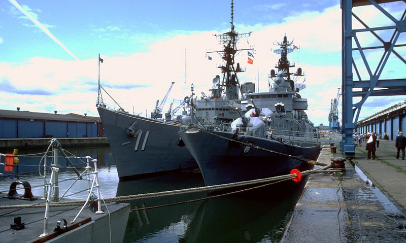 During 1982 a NATO fleet consisting of British, Canadian, Dutch, Danish and German warships visited the King George V Dock in Glasgow and were open to the public