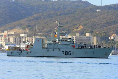 HMCS Yellowknife MM 706