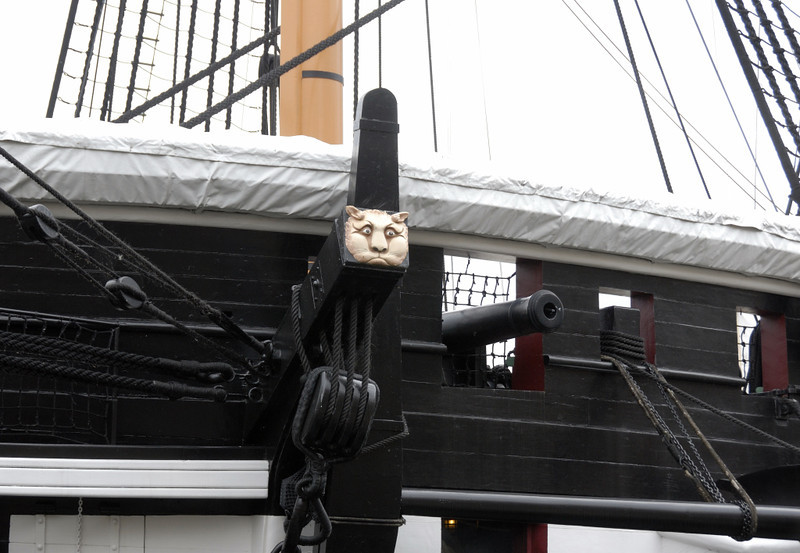 HMS Trincomalee, Hartlepool, Tues 10 August 2010 5.   Cathead, bearing the traditional carving of a cat's head.