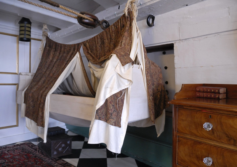 HMS Trincomalee, Hartlepool, Tues 10 August 2010 27.  Captain's cot.