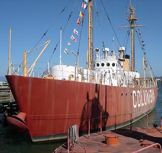 Lightship Columbia 3 (36342378)