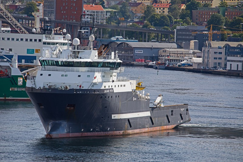 Offshore supply ship SKANDI HERA turns to her berth in Bergen on 19th August 2017.  2009 build of 6838 GT.