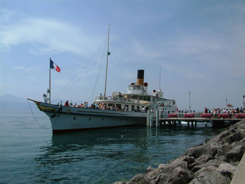 Paddle steamer La Suisse at Lausanne-Ouchy